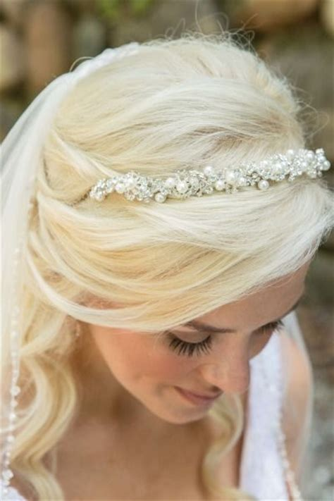 hairstyles for a garden party 17 best images about maquillaje y peinado on pinterest