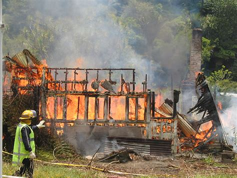 white house burned down burned down house house that the fire department has burne kiwi nz flickr