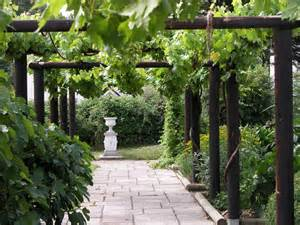 Pagoda Landscape Lighting - fishbourne roman palace garden