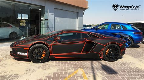 Verchromtes Auto by Wrapstyle Premium Car Wrap Car Foil Dubai Chrome