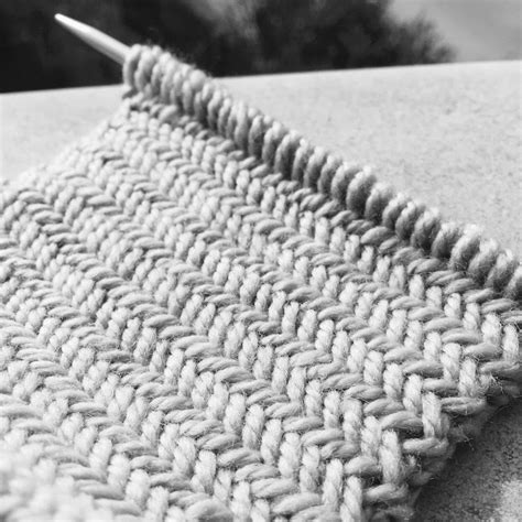 herringbone stitch knitting knitting patterns herringbone stitch pattern le point de