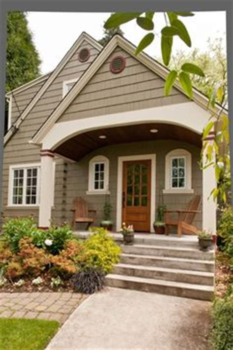 our cape cod needs a covered entry this portico looks like it has the right prorportions