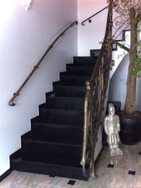 treppe fliesen mit naturstein granit marmor klepfer