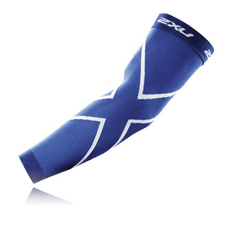 2xu Compression Arm Sleeve Sportsshoes Com Sleeves For 2