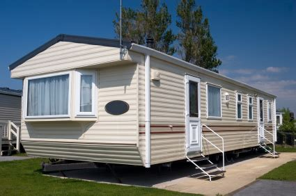 mobile home vs home insurance the difference between