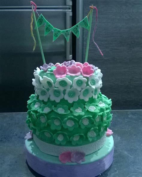 torte di pasta di zucchero con fiori cakes torta pasta di zucchero fondant pdz petali