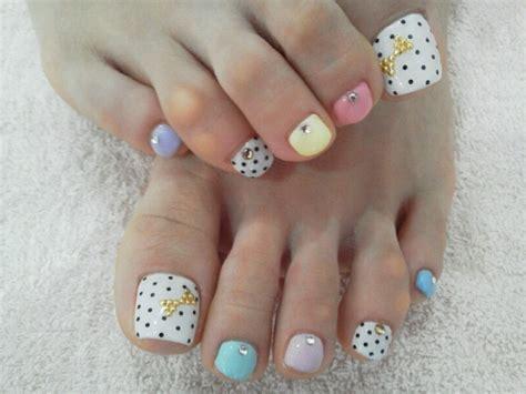 cute pedicures toe nail art designs on pinterest toe nail art pedicure