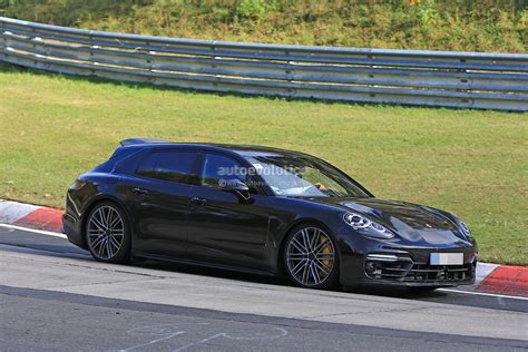 Mobile De Porsche by La Porsche Panamera Break Montre Son Aileron Mobile