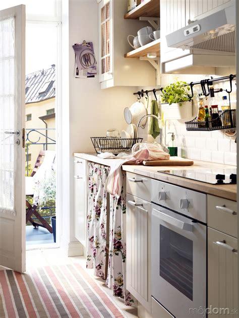 small kitchen designs uk dgmagnets com niekoľko trikov ako si oživiť kuchyňu gal 233 ria mojdom sk