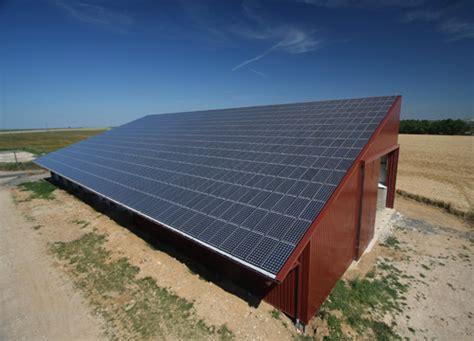 Hangar Photovoltaique Agricole by Financement Photovoltaique Location De Toit Ou Emprunt