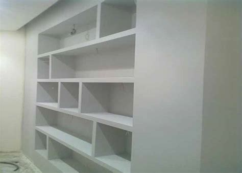 costruire libreria in cartongesso come ristrutturare un salone e renderlo moderno