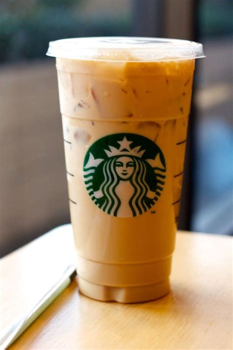 iced espresso grande iced skinny hazelnut latte please drinks
