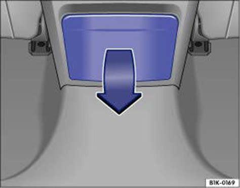 Getr Nkehalter Auto Golf 4 by Vw Golf Getr 228 Nkehalter Sitzen Und Verstauen Vw Golf