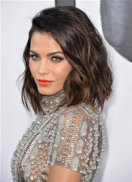 modern hairstyles for larger faces and necks short hairstyles to try in 2016 today com