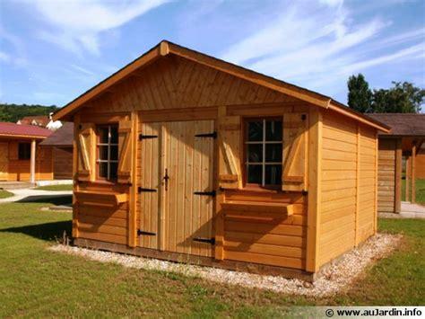 chalet de jardin bois abris de jardin garages chalets en bois entretenez malin