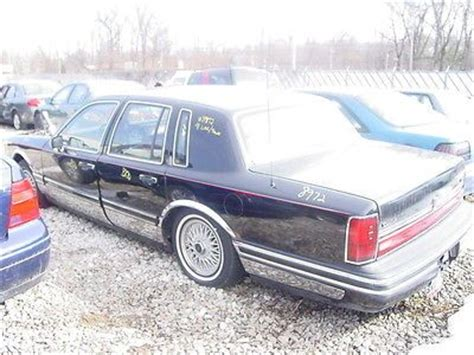 93 lincoln town car parts 91 92 93 lincoln town car right passenger side quarter