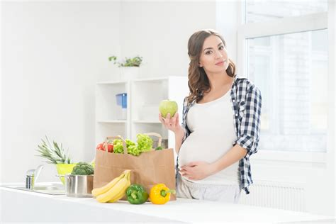 alimenti sconsigliati allattamento l elenco completo dei cibi sconsigliati in gravidanza