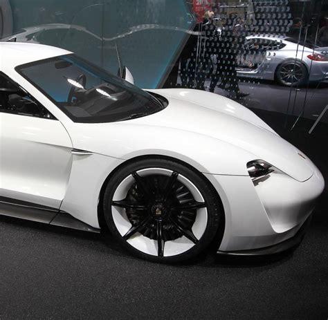 Porsche Welt Stuttgart porsche mission e wird in stuttgart zuffenhausen gebaut