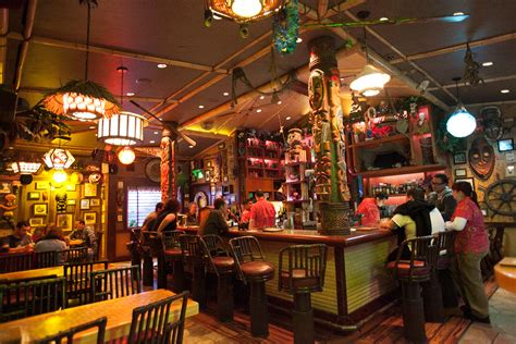 Tiki Bar Hotel A Visit To Trader Sam S Enchanted Tiki Bar On The Go In Mco