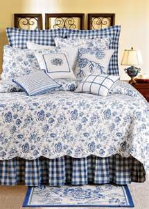 Country Bedroom Comforter Sets Blue White Bedrooms On Pinterest