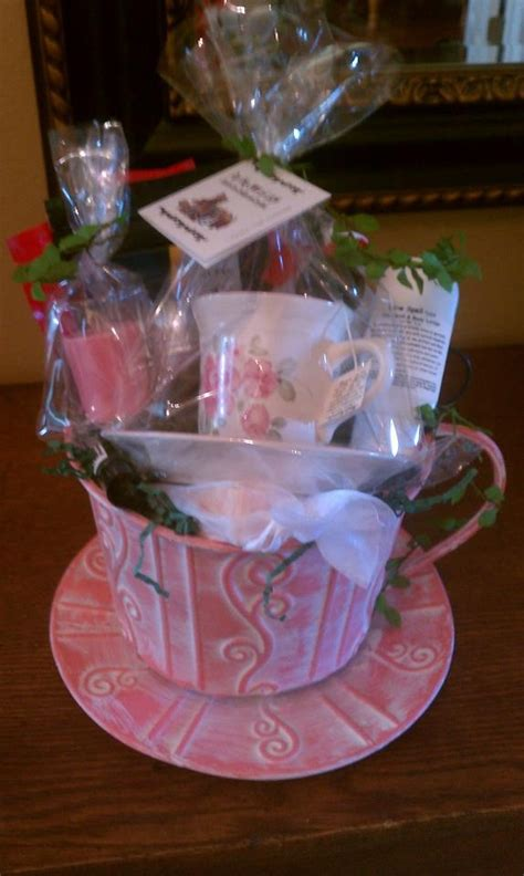 Handmade Gift Baskets - 344 best images about auction baskets and other great