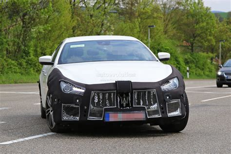 ghibli maserati 2018 2018 maserati ghibli facelift spied up close is this the