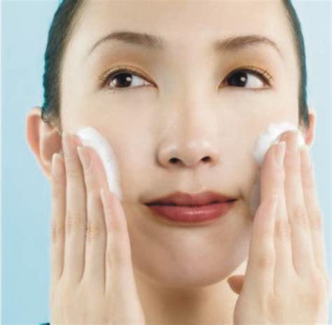 Merawat Kulit Wajah tips merawat wajah agar tetap cantik