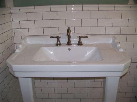 ceramic bathroom fixtures ceramic vs porcelain bathroom sink reversadermcream com