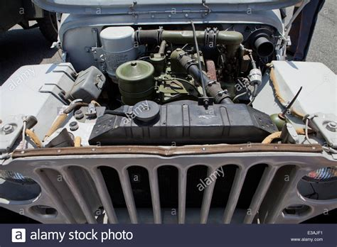 ww2 jeep engine willys jeep usa stock photos willys jeep usa stock