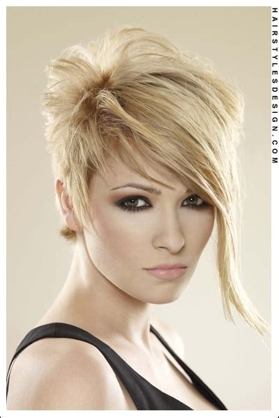 hairstyles for foreheads that stick out on a 103 best images about short hairstyles for women on