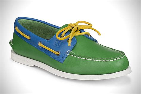 boat dress flags out to sea 20 best boat shoes for men hiconsumption