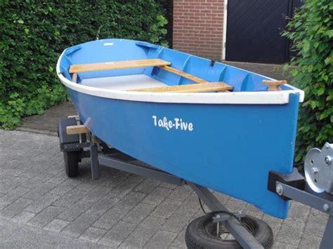 tweedehands roeibootje roeiboot met trailer tweedehands en nieuwe artikelen