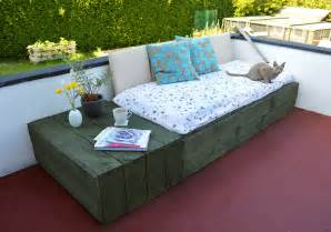 Diy Daybed Project Pallet Project Patio Day Bed Lovely Greens