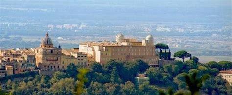 giardini di castel gandolfo il papa apre al pubblico i giardini di castel gandolfo