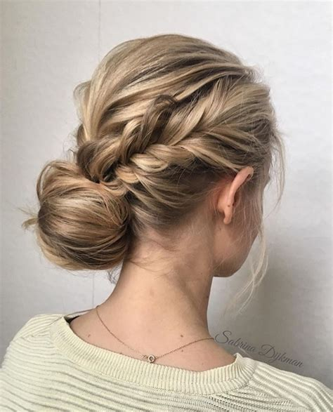 Wedding Hair Do by 2018 Wedding Hair Trends The Ultimate Wedding Hair