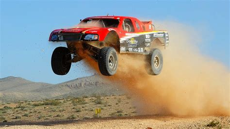 baja truck racing score baja 1000 trophy truck off road racing youtube