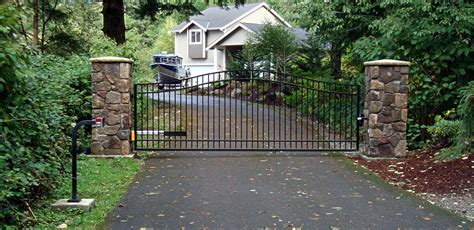 single swing driveway gates single swing driveway gates images