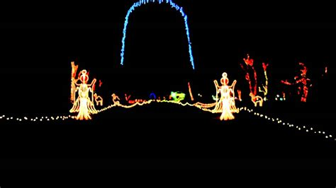experience pettit creek farms christmas lights
