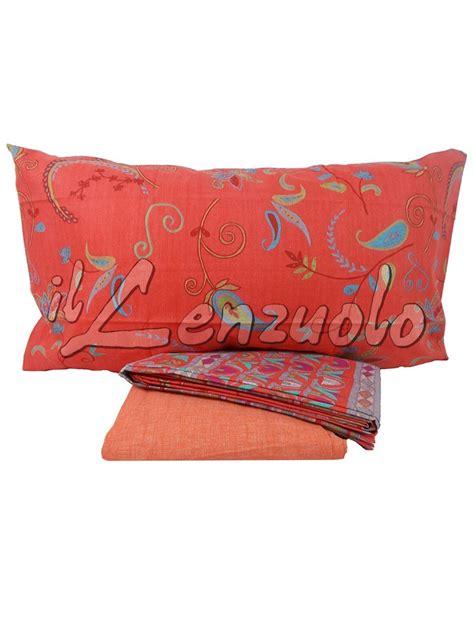 lenzuola letto singolo completo lenzuola letto singolo bassetti alisso il lenzuolo