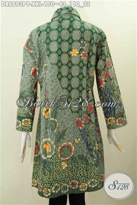 desain baju batik orang gendut dress batik elegan untuk wanita gemuk kerah miring desain