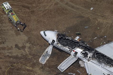 history  plane crashes   decades  air