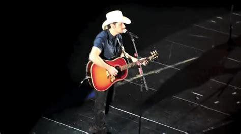 brad paisley rugged cross brad paisley the rugged cross roselawnlutheran