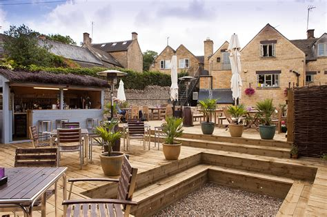 best in cotswolds best pub gardens in the cotswolds