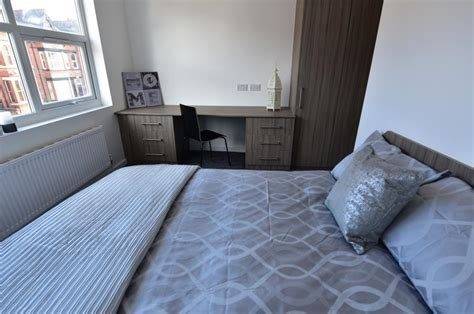 Bedroom Ls by 4 Bedroom House To Rent Grimthorpe Place Headingley Ls