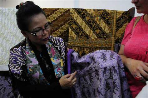 Patria Batik indonesia mostr 243 su cultura en manizales la patria