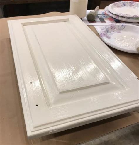 chalk paint lumpy second coat chalk paint 174 by sloan is so easy kitchen cabinets