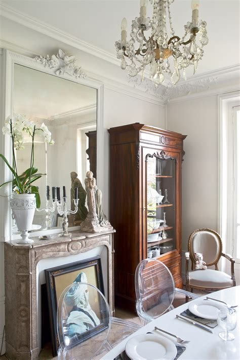 french interiors  vintage elegant parisian apartment