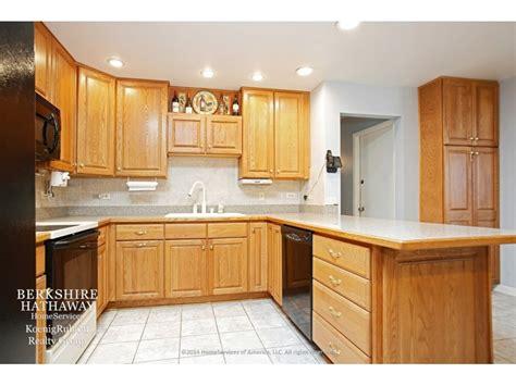Wow House Open Floor Plan Eat In Kitchen Stone House Plans With Eat In Kitchen