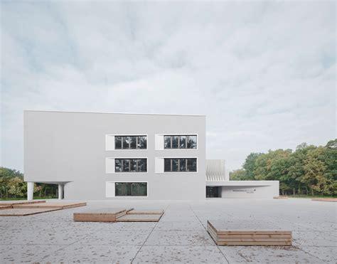 wandle treppe schule in weiterstadt wulf architekten lernen auf