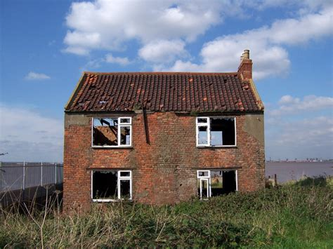 pictures of a house file derelict house geograph org uk 242735 jpg wikimedia commons